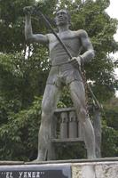 EstatuaYanga.jpg