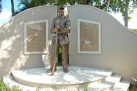 Memorial to the 2nd Regiment Infantry_Fort Meyers_Full Length.JPG
